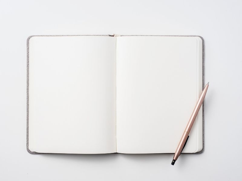 How to create your first bullet journal | notebook and pen
