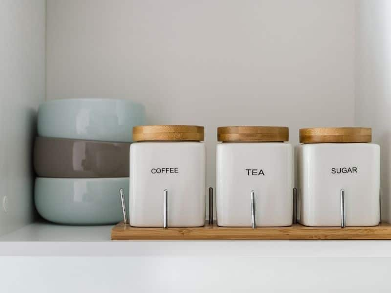 15 quick and simple decluttering projects