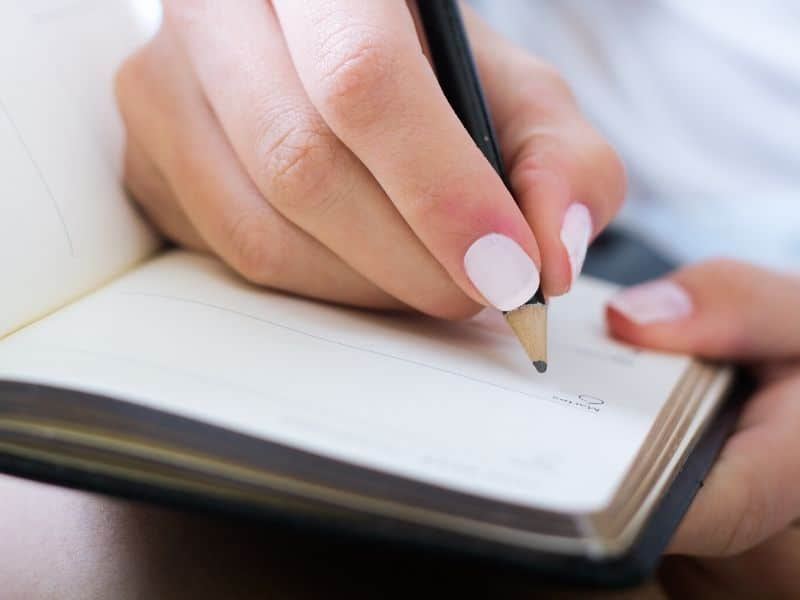 write down one thing to do as part of morning routine